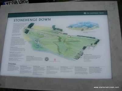 Stonehenge_in_October_2008-31