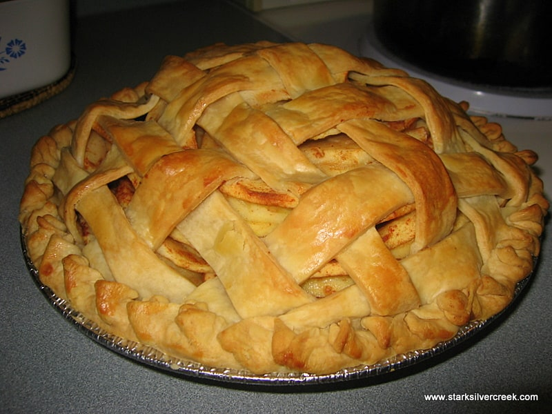 "Easy Apple Pie Recipe Pie i made over the holidays with the ""easy as ..."