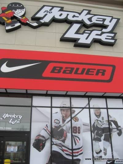 hockey-life-store-ottawa-canada-12-23-2008-10-33-22-am