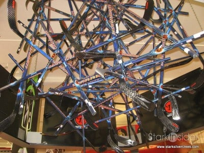 hockey-life-store-ottawa-canada-12-23-2008-10-35-23-am