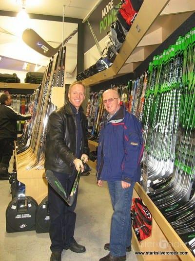 hockey-life-store-ottawa-canada-12-23-2008-10-37-09-am