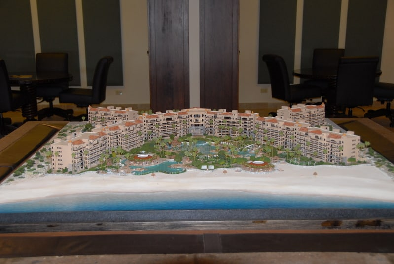 Another photo of the 3D model in the Discovery Center for prospective buyers.