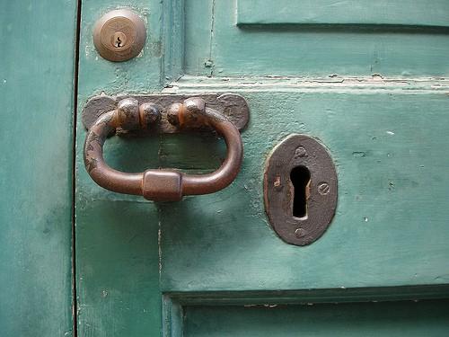 key_hole