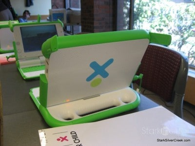 one-laptop-per-child-nicolas-negroponte-2