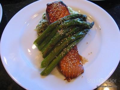 salmon-asparagus-dinner