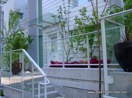 Flatiron Townhomes: a great location in Coal Harbour