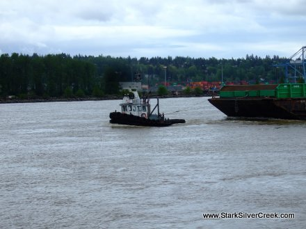tug-boat-vancouver-at-work