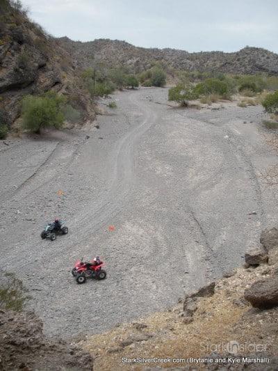 10-atvs-in-the-desert