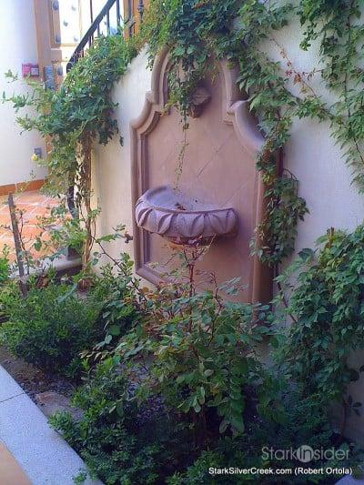 lot-av25-interior-garden