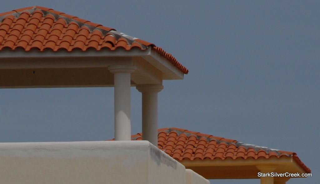 Close-up-missing-tile-AV25