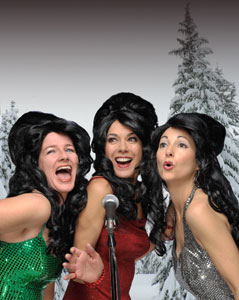 l-r, Darby Gould, Katie Guthorn, and Carol Bozzio Littleton as The Coverlettes Photo by David Allen