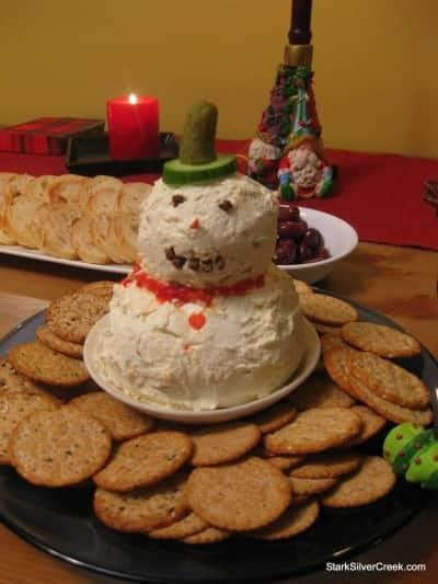 Christmas-Eve-Potluck-Dinner-3