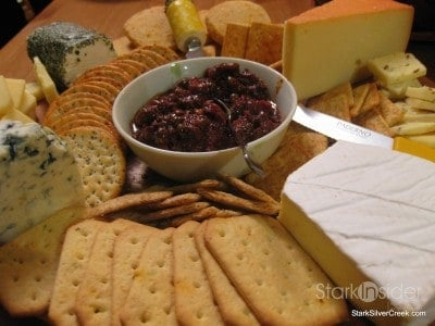 christmas-eve-potluck-dinner-2