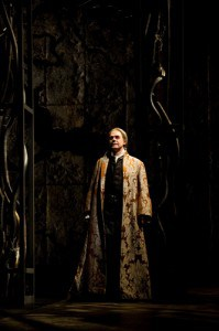 Tom McCamus as King Theseus in Phèdre. Photo by Erik Tomasson.