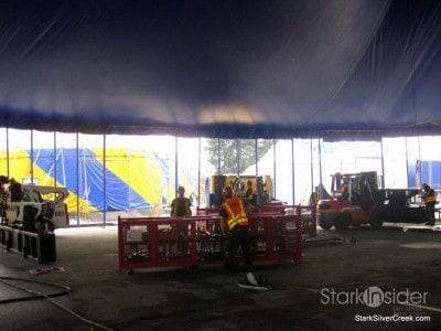 raising-big-top-cirque-du-soleil-ovo-13