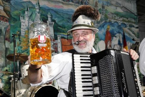 Oktoberfest by the Bay, Pier 48