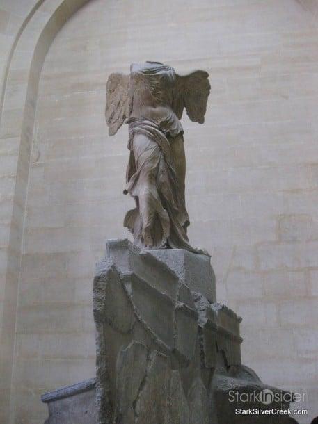 louvre-paris-saturday-morning-32