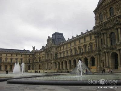 louvre-paris-saturday-morning-8