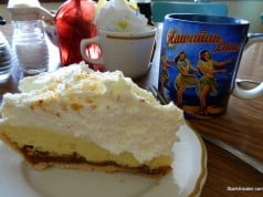 Macadamia nut cream pie