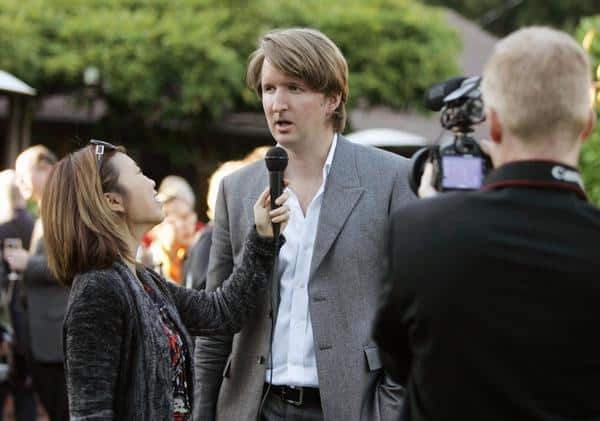 Mixing it up: Loni Kao Stark (L), director Tom Hooper (C), and Clinton Stark (R)