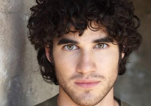 Darren Criss debuts on Glee