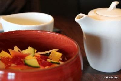 Some green tea with my Chirashi Sushi.