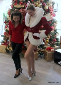 Vanessa McMahan teaches Loni The Rockette secret.