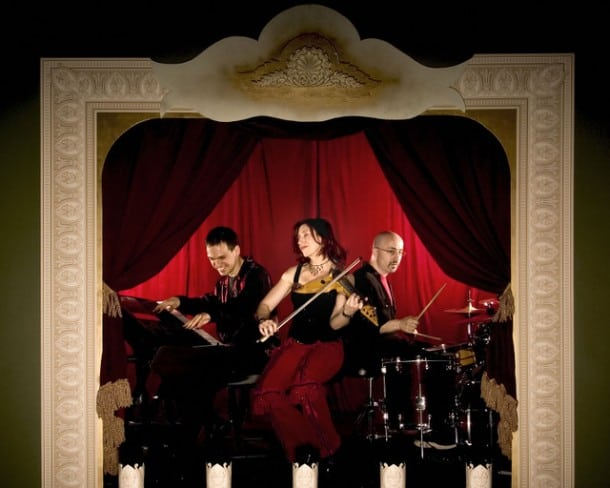 Groovelily bandmembers Gene Lewin, Valerie Vigoda, and Brendan Milburn will present the world premiere of their musical WHEEL HOUSE as part of the 2011-2012 season at TheatreWorks.