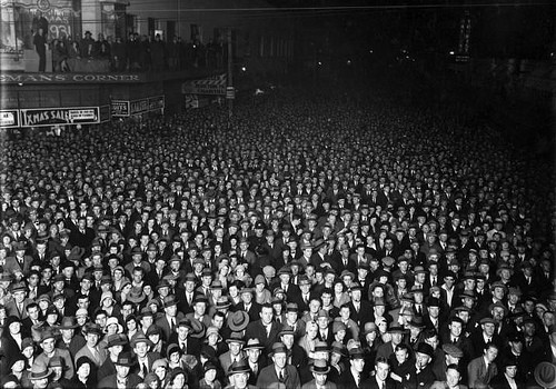 Crowd Source 1931