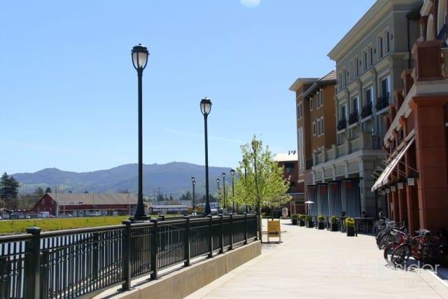 Downtown Napa - The new Riverwalk beckons.