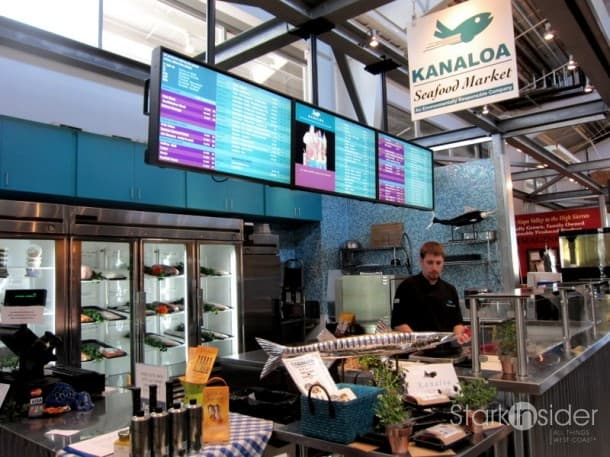 Kanaloa Market. Fans of fresh fish: do not miss it!