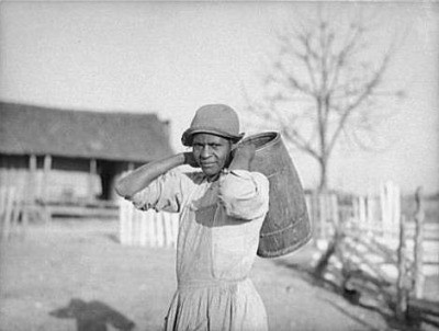 Annie Pettway, 1937 photo by Arthur Rothstein
