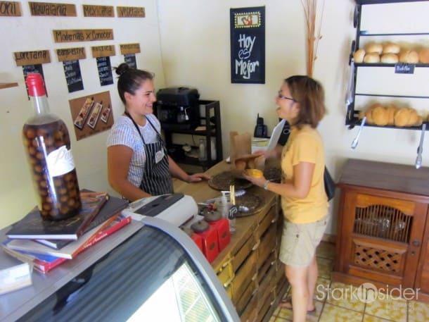 Chatting with Silvia at PanOli