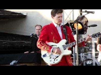 Video thumbnail for youtube video Chris Isaak live at Robert Mondavi Winery | Stark Insider