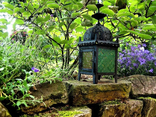 Garden Lantern - Moving Tips by Eve