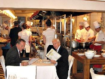 U Kucharzy open kitchen dining