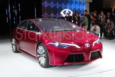 Toyota Prius NS4