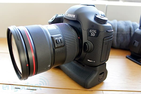 Canon DSLR announcement, news