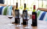 Rosenblum Zinfandel Wines Standing Tall: I recently tasted through a trio of Rosenblum's latest releases. Read more here: Stark Sips: Quality Zins (A starlet-inspired Rosenblum tasting)