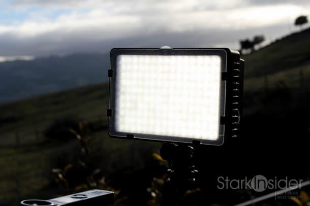 Neewer LED Light Panel for Canon and Nikon DSLR Cameras