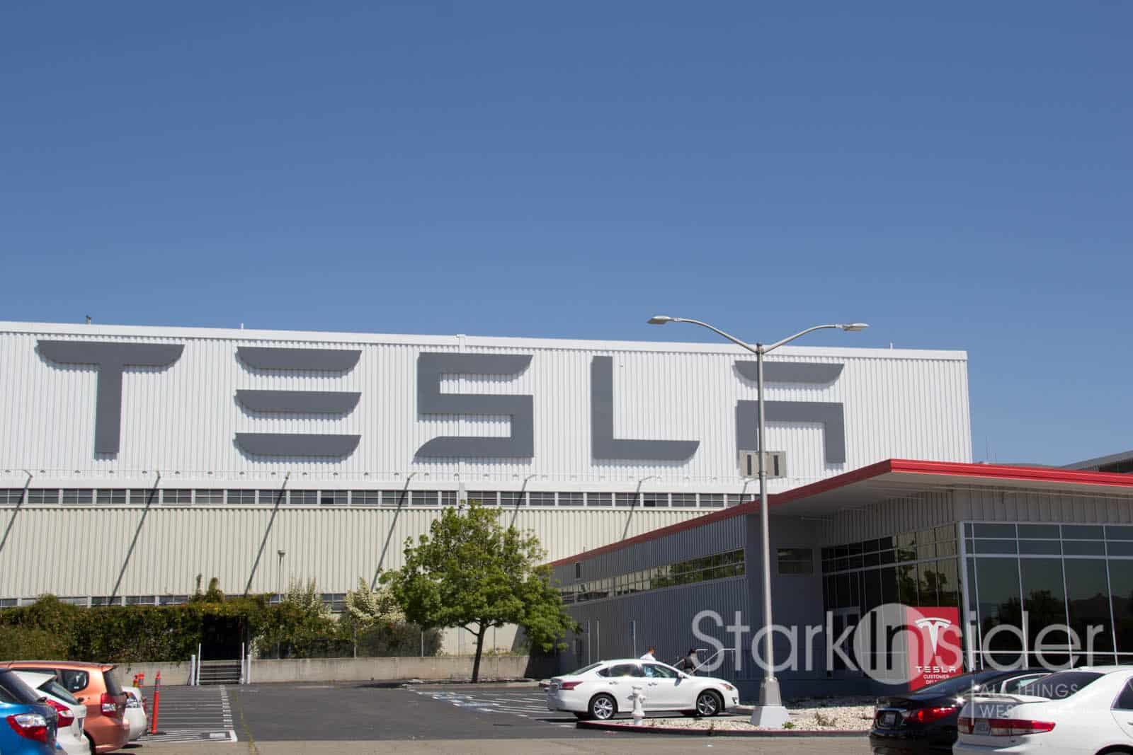 In Photos Tesla S Factory Pickup Experience Fremont