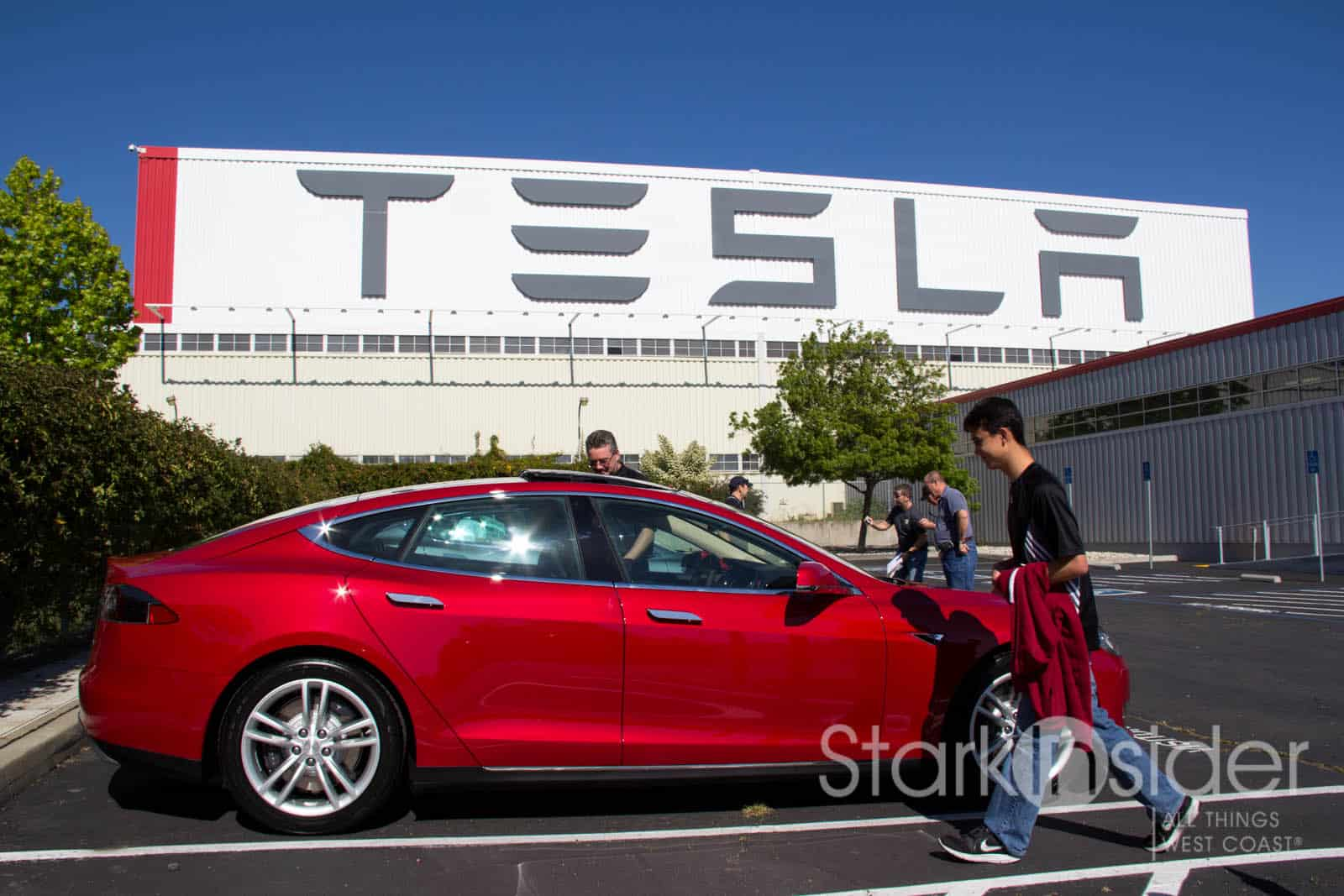 In Photos: Tesla S Factory Pickup Experience (Fremont