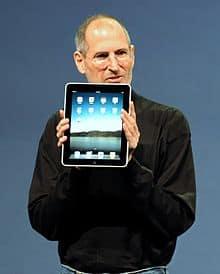 Steve Jobs unveils the Apple iPad