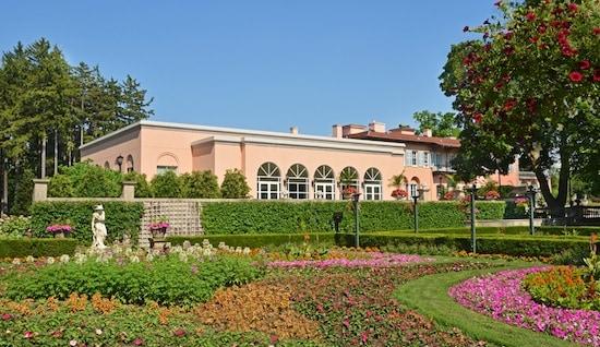 Cuneo Gardens