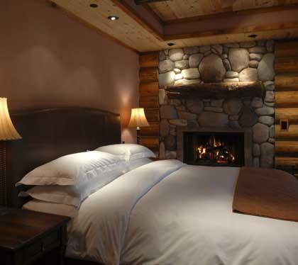 Rainbow Ranch Lodge room