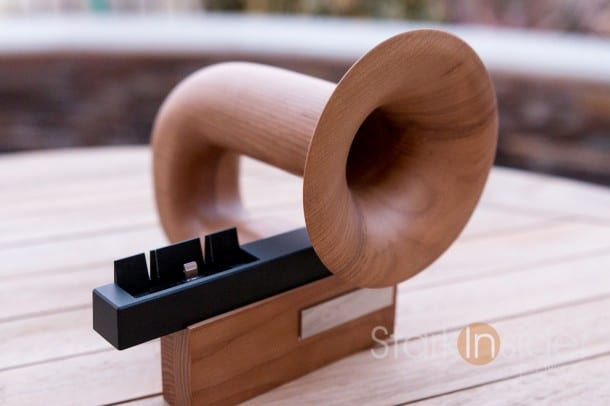Chinon Legato iPhone Dock