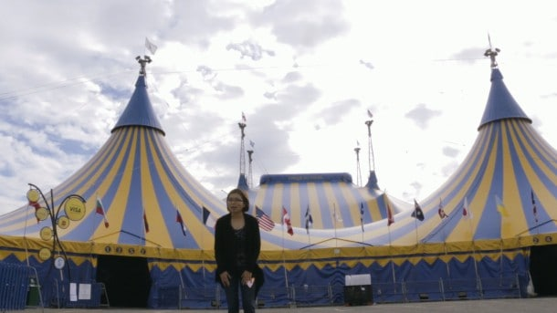 Loni Stark on location at Cirque's Big Top.
