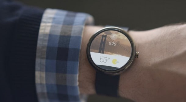 Look familiar? Android Wear is heavily based on Google Now, and features touch-based navigation and voice commands.