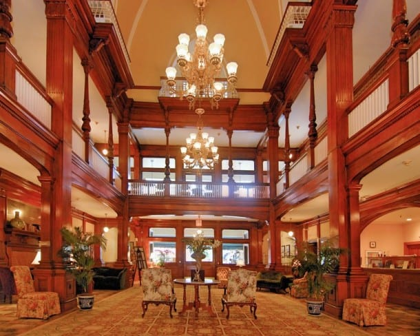 Windsor  Hotel Lobby