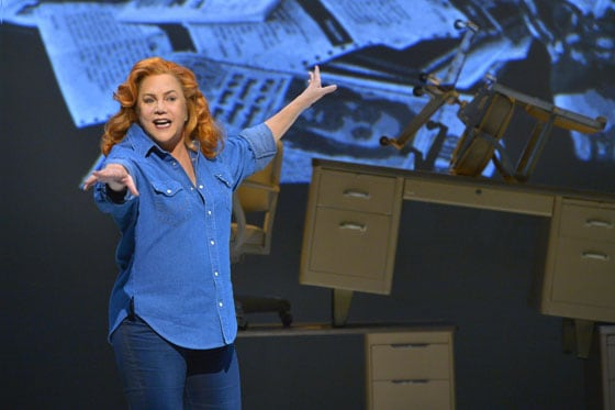 Kathleen Turner - Red Hot Patriot The Kick-Ass Wit of Molly Ivins